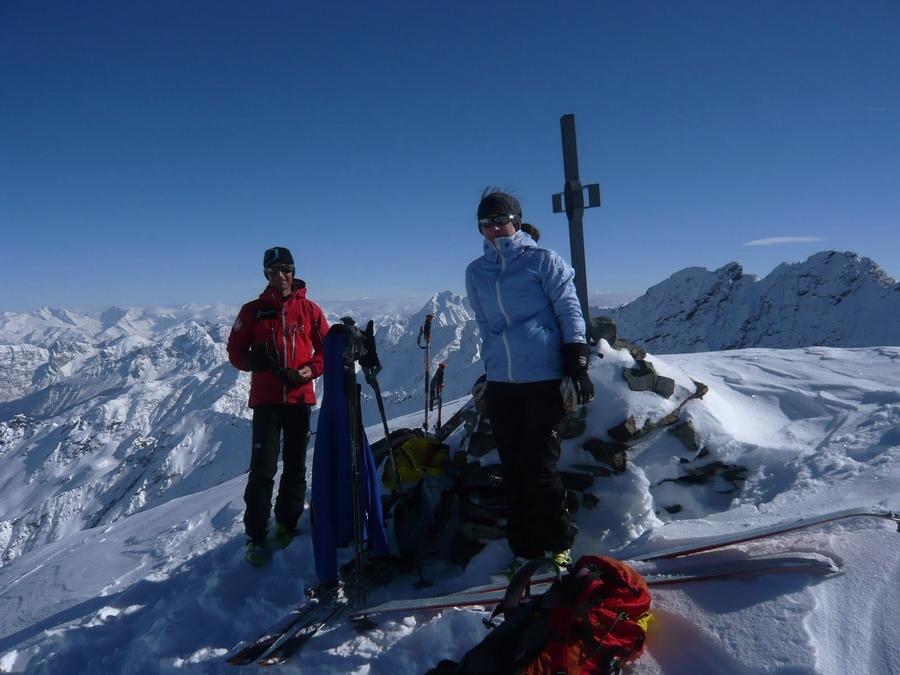 Am-Gipfel-der-Lisenser-Viller-Spitze