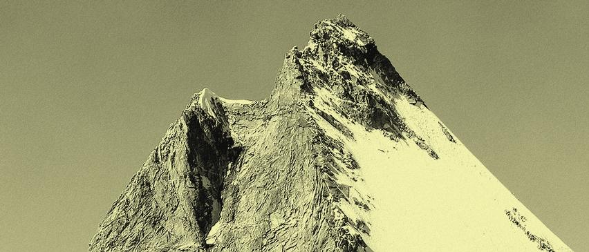 Obergabelhorn-Gipfelaufbau-von-der-Wellenkuppe